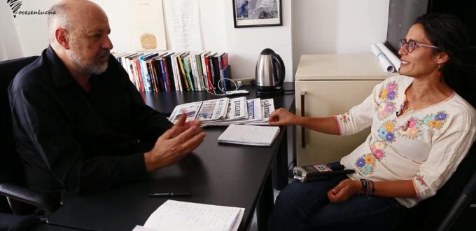 Foto de la entrevista a Luis Hernández Navarro